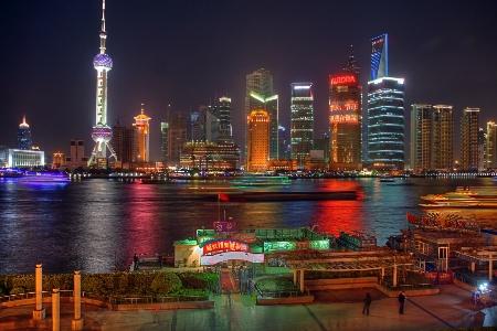 shanghai-bund-nights-3577233-h.jpg